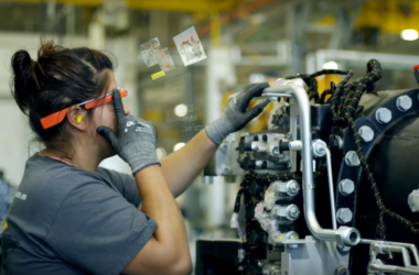 TAFE collaborator AGCO uses Google Glass on shop floor