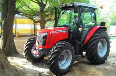 Vibroacoustic optimization in a tractor cabin
